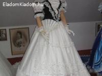 Sissi, Erzsébet Királyné ruháinak másolatai